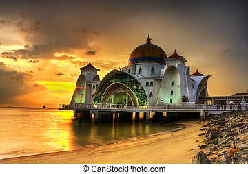 Masjid selat melaka - sunset
