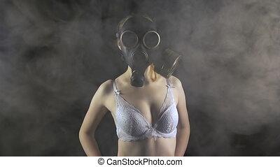 masque gaz, jeune fille, blanc, soutien gorge