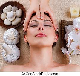 massaggio facciale, in, terme, salone