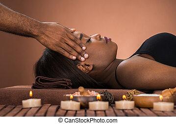 massaggio, terme, ricevimento, donna, fronte