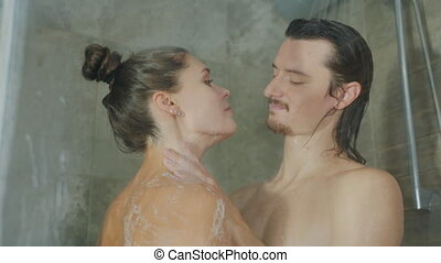 masser, petit ami, mousse, petite amie, corps, baisers, douche, lavage