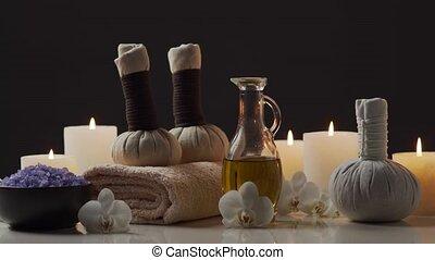 masseren, kruiden, balls., bloemen, aromatherapy,...