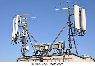 Masts and antennas cellular systems