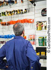 matériel, regarder, ouvrier, magasin, outils