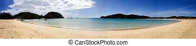 Matapouri Bay Panorama, Northland, New Zealand - A beautiful...