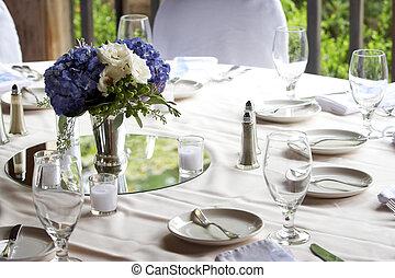 matbord, sätta, för, a, bröllop, eller, gemensam, händelse