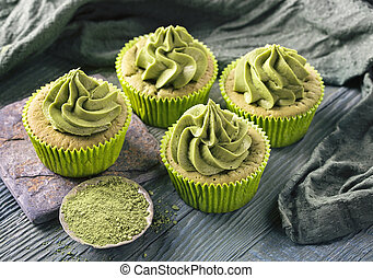 Matcha cup cakes