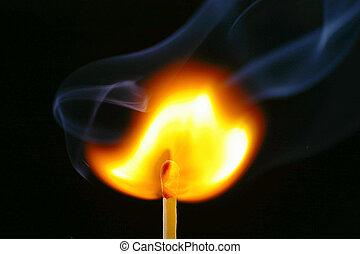 match/smoke, encendiendo