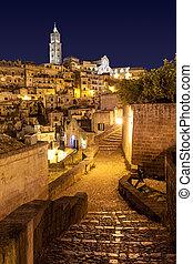 Matera di Notte, Italia - View of Matera by night Italy