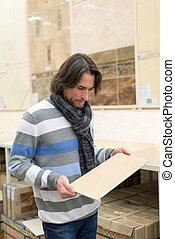 materiales de construcción, retrato, hombre, tienda, cuarentón