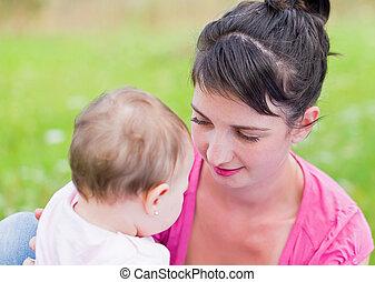 maternel, attachement