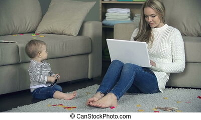 maternità, lavoro, coordinating