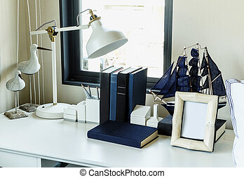 matita, lampada, tavola, libri, lavoro, casa