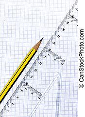 matita, righello