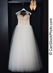 matrimonio bianco, vestire, con, corsetto, e, beige, scarpe