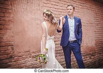 matrimonio, parete, abbracciare