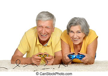 couple plays video game