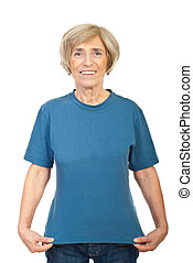 Mature woman showing her t-shirt