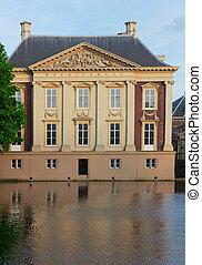 Mauritshuis building over pond waters, Den Haag, Netherlands