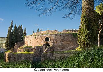 Mausoleo di Augusto - The monument to Augusto, Emperor of ...