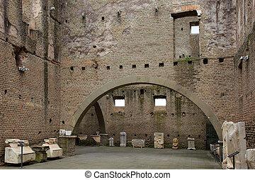 Mausoleo di Cecelia Metella - inside - in Via Appia antica ...