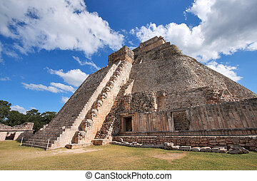 Mayan pyramid in Uxmal, Mexico