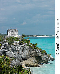Tulum - Mayantemple at seashore, Tulum, Yucatan, Mexico