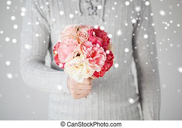 mazzolino, fiori, presa a terra, uomo