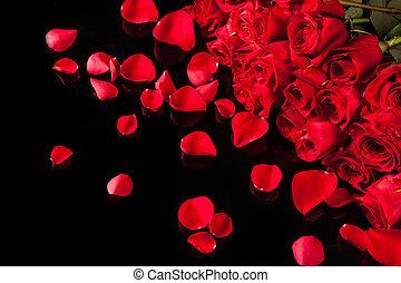 mazzolino, rose, sfondo nero