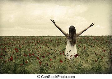 meadow., femme, heureux