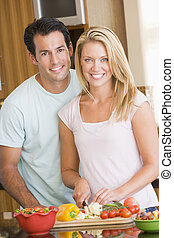 mealtime, épouse, mari, préparer, ensemble, repas