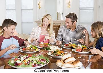 mealtime, ensemble, famille, apprécier, repas