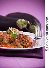 meatballs., beringela