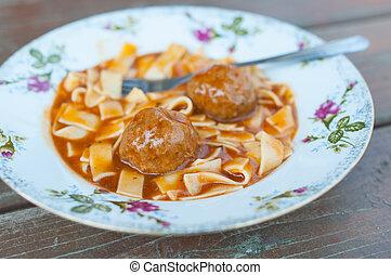 meatballs, nudle