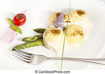 meatballs with asparagus