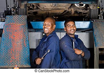 mecánica, sonriente, africano