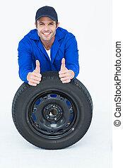 mecánico, reclinado, neumático, mientras, el gesticular, pulgares arriba