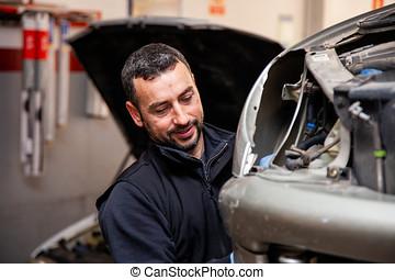 mecánico, reparaciones, coches, en, el suyo, taller,...