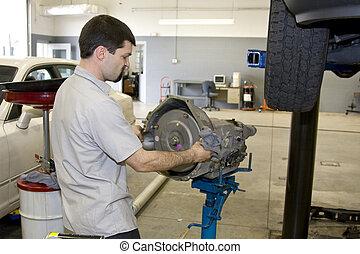 mecánico, trabajando