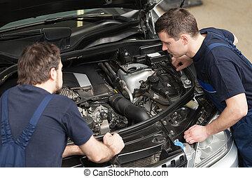 mecanica, reparar, trabalhando, loja,  car, topo, dois, motor, confiante, vista