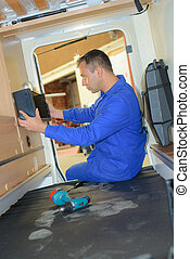 Mechanic fitting appliance