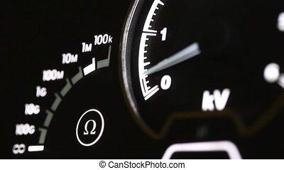 Mechanical voltage indicator - HI voltage measuring process...