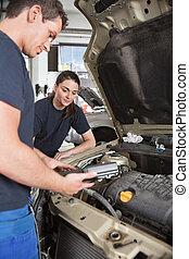 Mechanics with Diagnostic Equipment