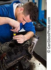 mechaniker, arbeiten, ein, motor
