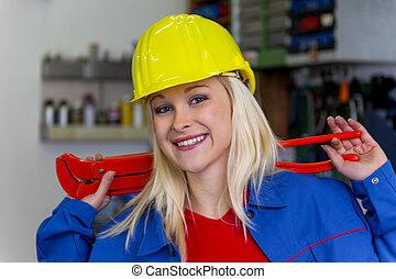 mechaniker, in, werkstatt