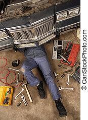 mechaniker, unter, der, auto