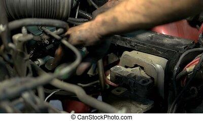 mechanism., mécanicien moteur, mains, quelque chose, fin, ...