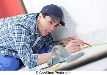 medición, piso, carpintero, algunos, calefacción, tubería plástica