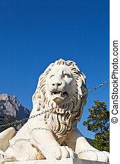 medici lion near Alupka Palace and Ai-Petri rock - medici...