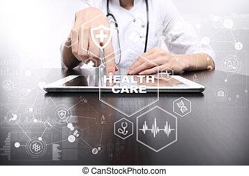 medicina cuidado médico, concept., doutor médico, trabalhando, com, modernos, pc., eletrônico, saúde, record., ehr, emr.